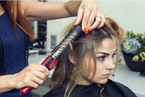 烫完头发不卷了怎么办 头发烫完不卷怎么补救