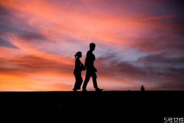 自己出轨怎么挽回老公 出轨后如何挽回老公的心