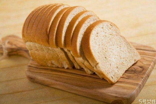 面包的热量高吗 减肥可以吃面包吗
