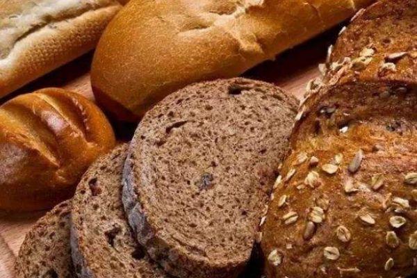 减肥吃面包会长胖吗 减肥正确吃面包的技巧