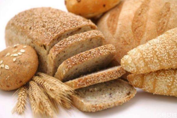全麦面包吃多了会便秘吗 全麦面包应该什么时候吃