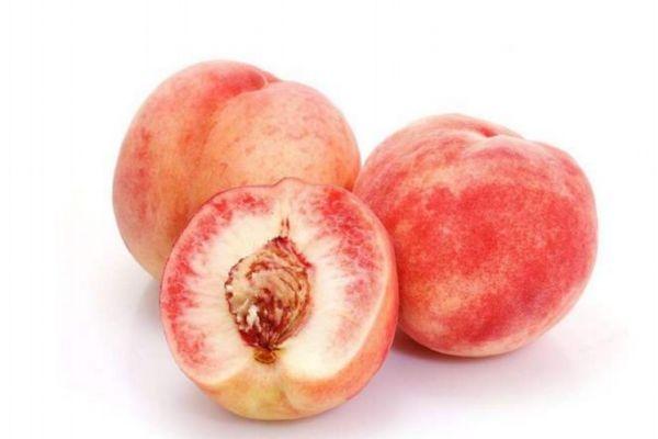 桃子的热量和减肥功效图片