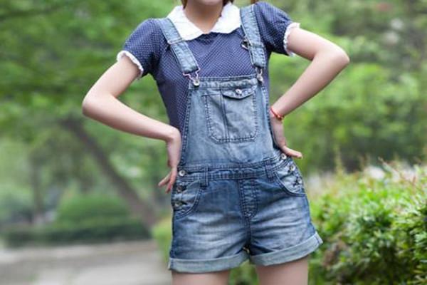 梨型身材适合背带短裤吗 梨型身材穿背带短裤怎么搭配