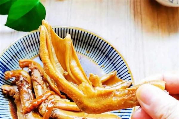 鸭掌可以经常吃吗 鸭掌吃多了会上火吗