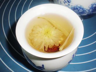 菊花山楂茶的功效 菊花山楂茶不能与什么同吃