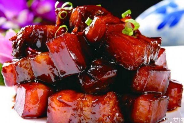 红烧肉热量高吗 红烧肉热量有多少