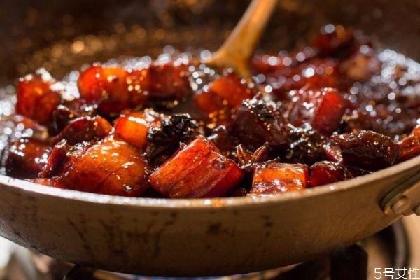 茶叶红烧肉怎么做好吃 茶叶红烧肉的美味做法