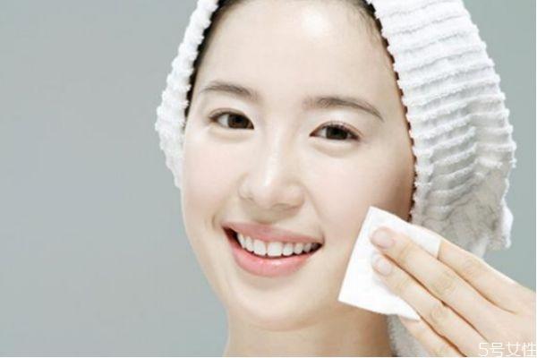 怎样保持皮肤白皙光滑 怎样快速美白皮肤