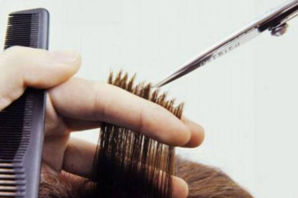 打薄头发伤发吗 头发打薄的坏处