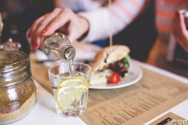 喝清肠茶能减肥吗 清肠茶有减肥的作用吗