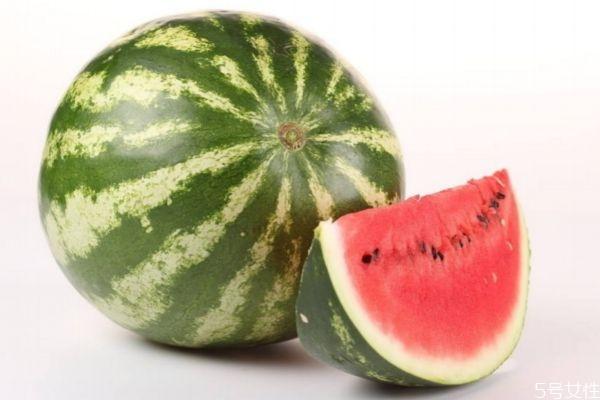 夏天吃西瓜能解暑吗 西瓜有解暑的作用吗