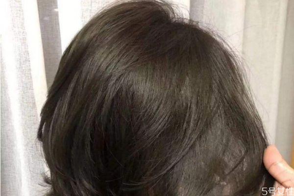 黄头发可以黑茶色吗 漂过的头发染成黑茶掉色么