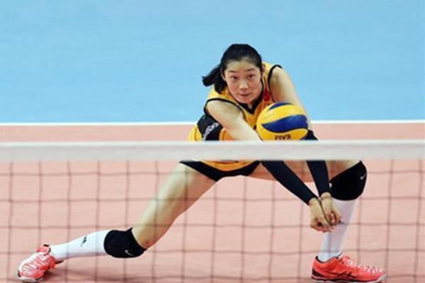 初学者练排球要戴护腕吗 打排球戴护腕能减轻疼痛吗