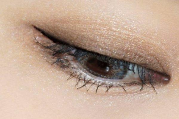 短圆眼用什么颜色眼影 下面这些眼妆技巧你要知道