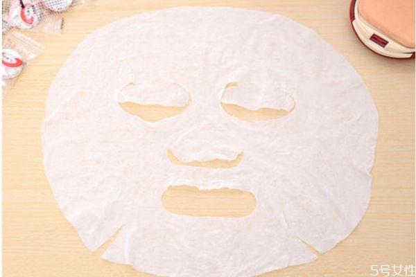 压缩面膜泡水膜好还是化妆棉湿敷好 压缩面膜的功效