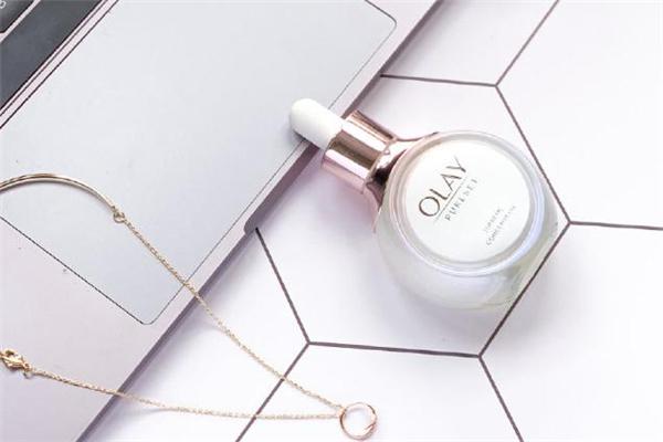 olay流光瓶适合什么肤质 olay流光瓶敏感肌能用吗