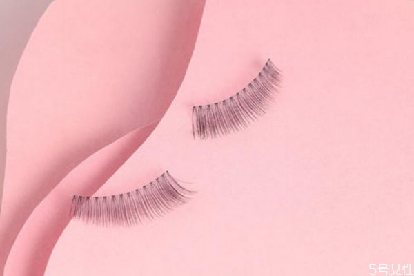 假睫毛怎么区分眼头眼尾 不同眼型适合的假睫毛