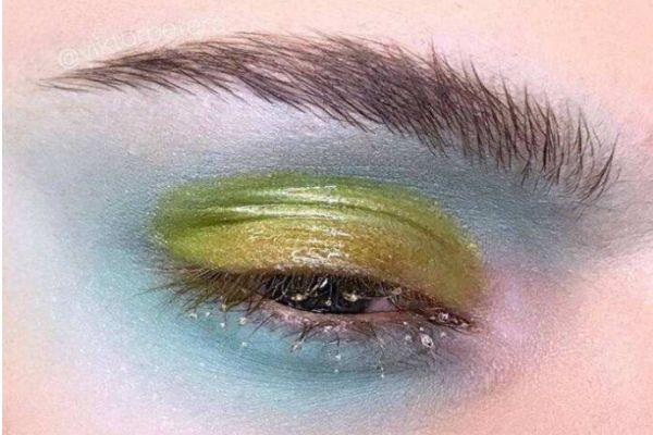 先定妆还是先画眼影 眼影怎么使用好