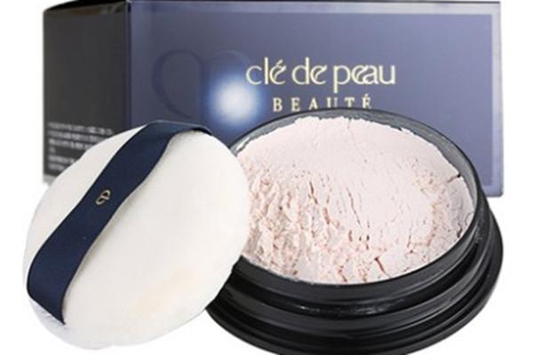 肌肤之钥透亮蜜粉粉质如何 肌肤之钥透亮蜜粉适合什么肤质用