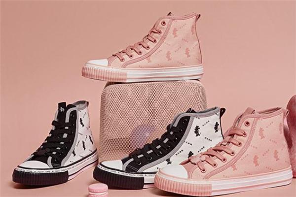 森马迪士尼联名帆布鞋怎么样 森马迪士尼联名鞋好看吗