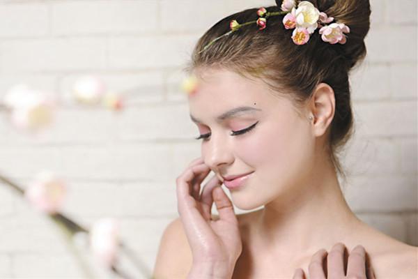 夏季肌肤容易出现什么问题 夏季肌肤容易出现哪些问题