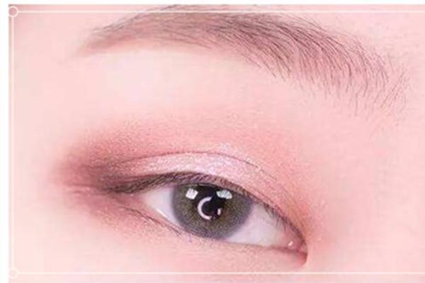 日常常用的眼影颜色有哪些 日常常用的眼影颜色推荐