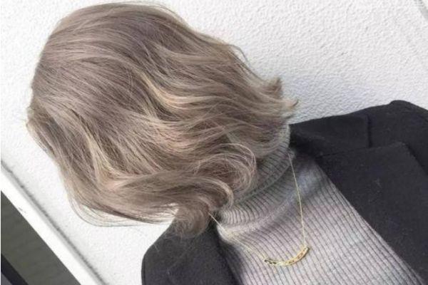 减龄又显皮肤白的发色 最显白持久发色