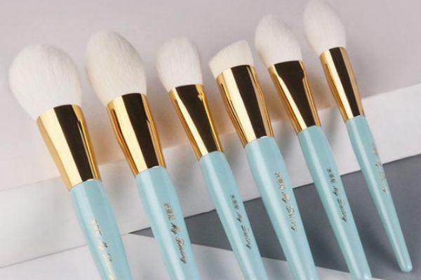 怎么看化妆刷的好坏 新买的化妆刷需要清洗吗