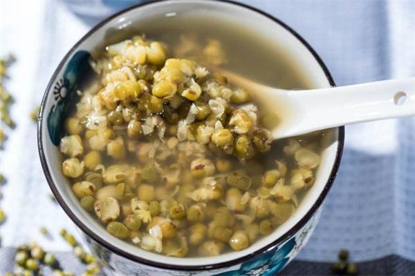 绿豆汤喝不完怎么保存 绿豆汤能保存几天