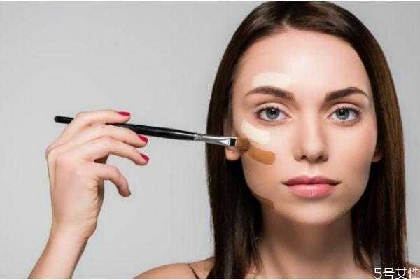为什么别人化妆很光滑 化妆细腻光滑的小窍门