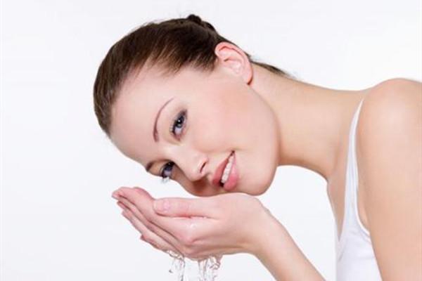 鼻唇沟填充术前准备 手术去鼻唇沟的过程