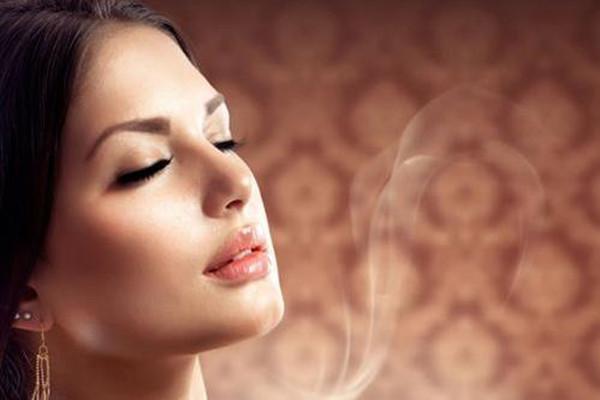 自体脂肪鼻唇沟填充的禁忌 自体脂肪鼻唇沟填充的优点