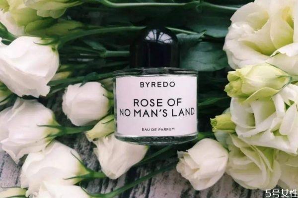 百瑞德无人区玫瑰真假对比 无人区玫瑰是什么牌子