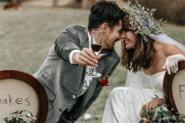 华容县相亲网婚恋,在哪里表白比较合适 在哪里表白最浪漫