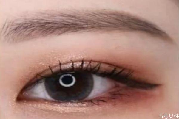 美瞳线能保持多长时间 美瞳线变蓝是什么原因