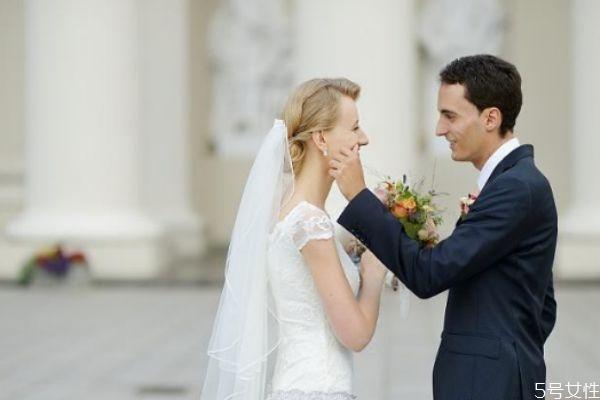 女人想复婚有那些暗示 女人想复婚的原因