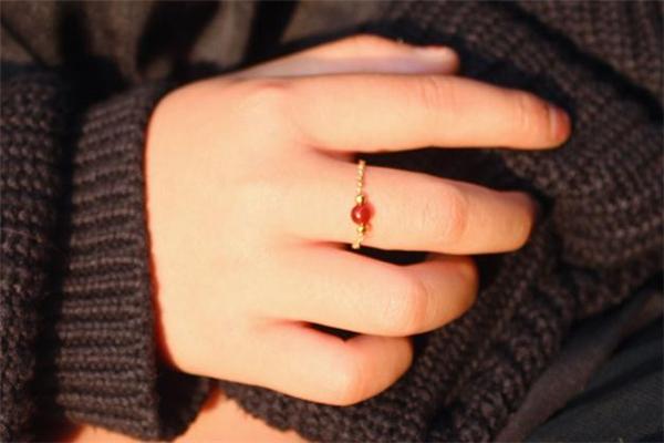 微时光戒指怎么样 微时光戒指好看吗