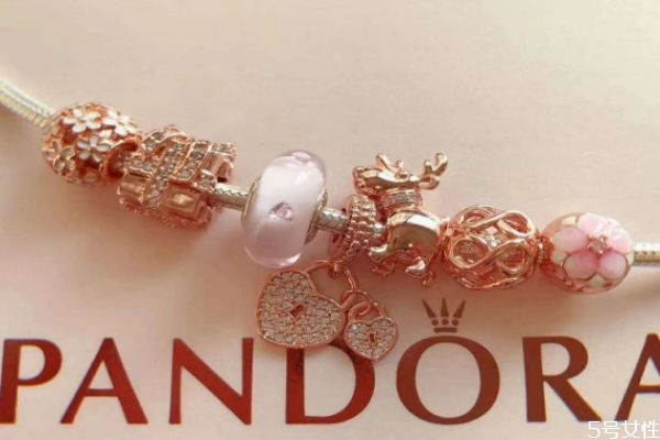 潘多拉手链一般穿几颗 潘多拉珠如何搭配