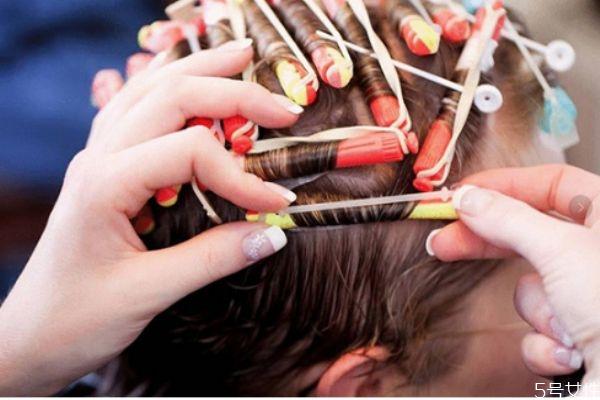 烫发能保持多久 烫发维持时间的影响因素