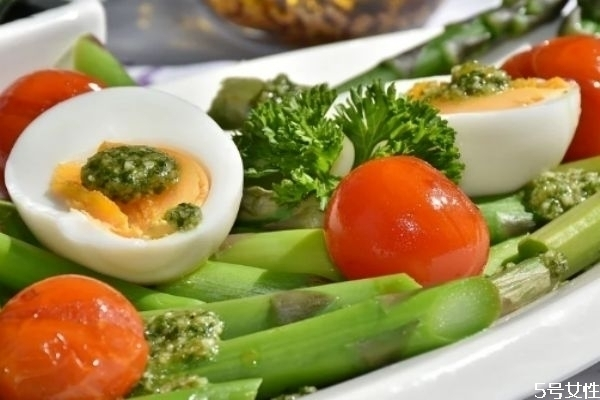 减肥期间可以吃鸭蛋吗 怎么吃比较好