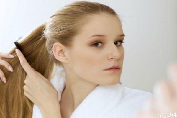 油性头发脱发怎么改善 油性头发几天洗一次头
