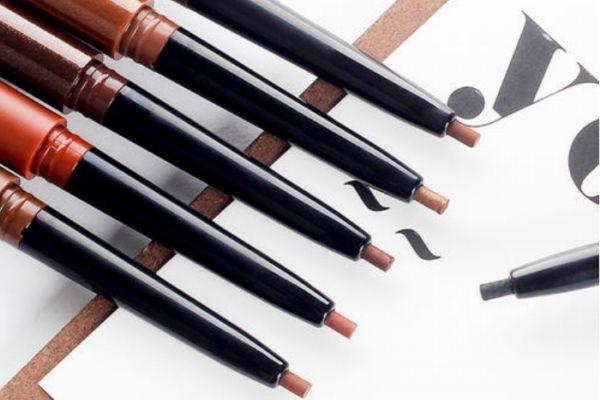 眼线胶笔的优点和缺点 怎么选择合适的眼线笔