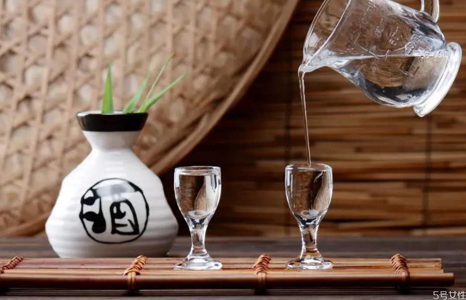 多少度的白酒可以消毒 如何让白酒具有消毒作用