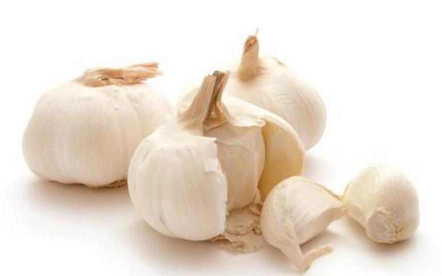大蒜怎么吃才会有大蒜素 大蒜素对人体有哪些作用