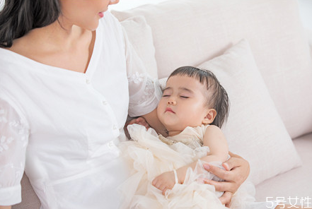 宝宝晚上几点睡觉有助于长高 儿童早睡早起的好处