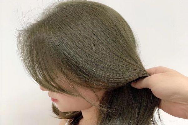 焗油好还是染发好 焗油对头发有害吗