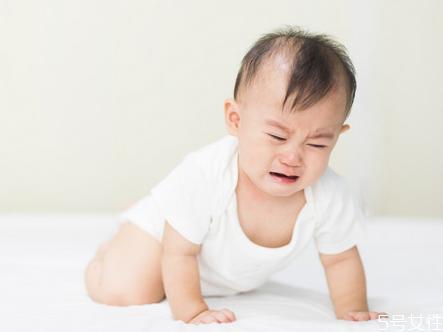 如何判断宝宝异物卡在喉咙 怎么防止宝宝异物卡喉