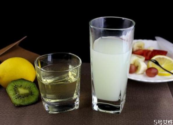 玻璃杯可以用水煮消毒吗 怎么防止玻璃杯炸裂