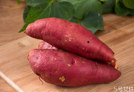 宝宝空腹吃红薯好不好 宝宝每天吃红薯的危害