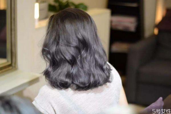 染发后用什么洗发水 染发后怎么样护理头发